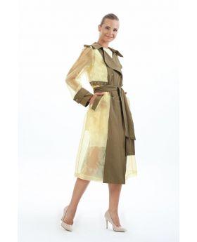معطف واقي مطري ذو لون أخضر خاكي