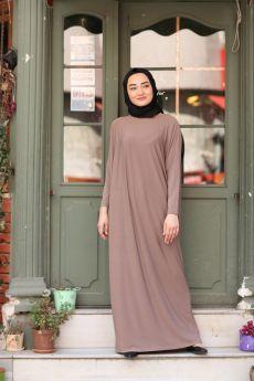 فستان للمحجبات ذو أكمام خفاشية الشكل لون بيج