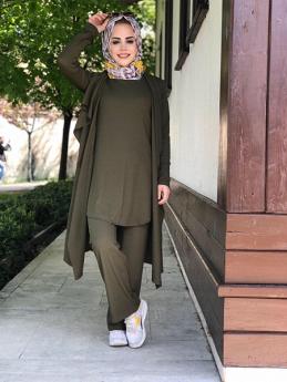 طقم محجبات ثلاث قطع مصنوع من قماش كاش كورسيه - لون أخضر غامق