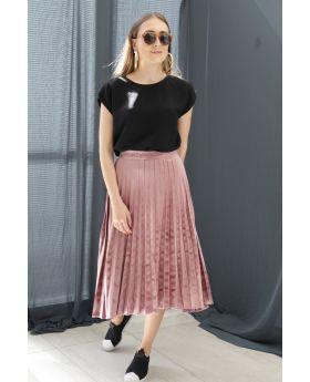 تنورة ذات ثنيات مخمل لون وردي