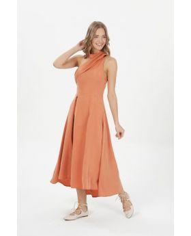 فستان أنيق مصنوع من الليوسيل