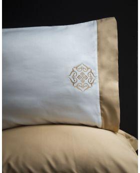 """طقم غطاء سرير مطرز ساتان ذهبي اللون مزدوج """" شخصين """"BLANCHE"""